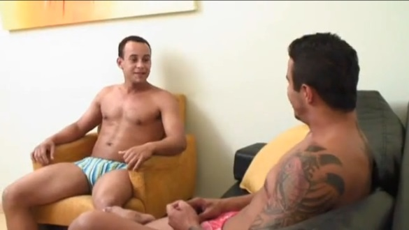 amigo gay threesome