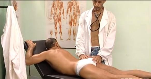 músculo médico gay