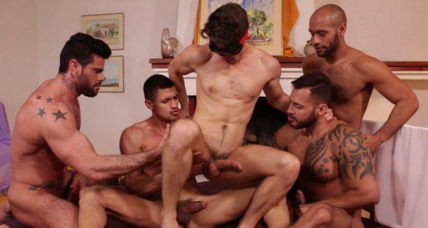 Devin Franco, Ibrahim Moreno, Leo Forte, Mario Domenech, Viktor Rom - Gang Bang Bareback