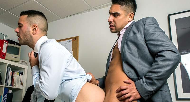 Resultado de imagem para Salvador Mendoza, Robbie Rojo porn